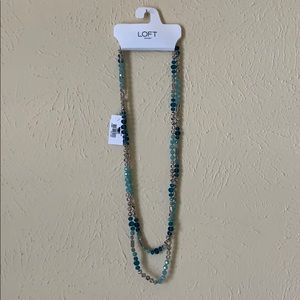 Beautiful jewels toned layer necklace